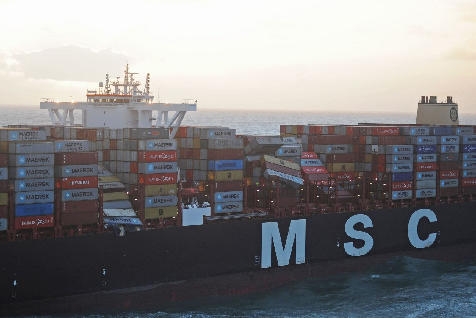 Frachter verliert 270 Container in der Nordsee