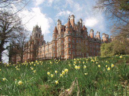 Filiale im Grünen: Schloss Holloway, Außenstelle der University of London