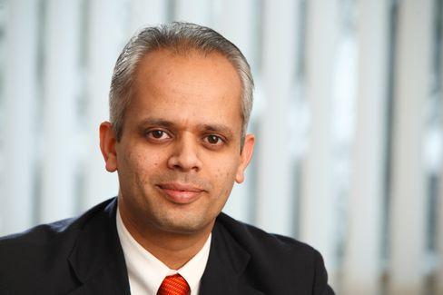 Shirish Pandit ist Programmdirektor bei der European School of Management und Technology