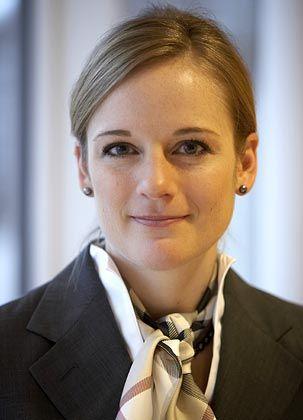 Mag Dividenden: Sonja Schemmann arbeitete zuerst bei DWS, dann bei Schroders und verwaltete in beiden Gesellschaften Fonds, die die Dividendenstrategie nutzen. Aktuell sind es der European Equity Yield (WKN 933 375) sowie der Global Equity Yield (WKN A0F 5AP).