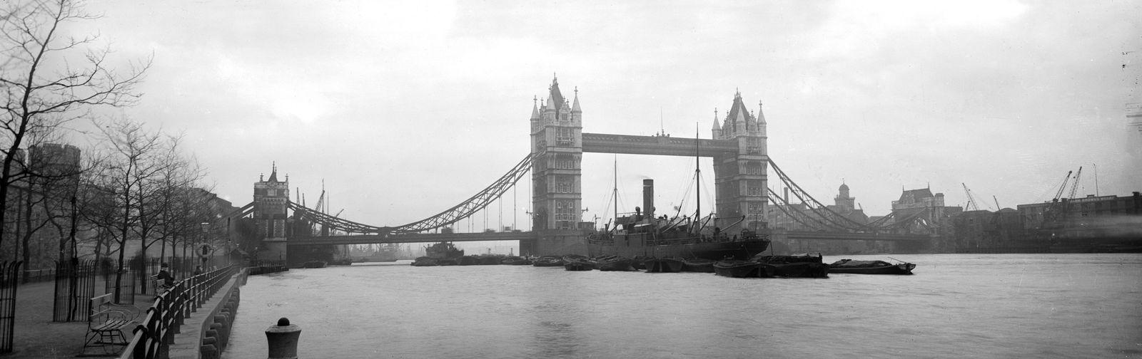 London/ Multimedia/ Skyline