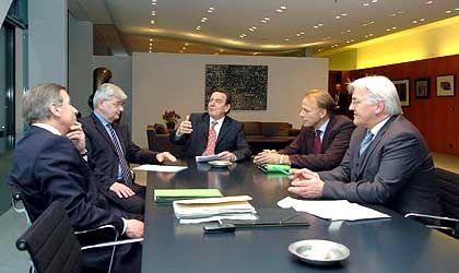 Verhandlungsrunde im Kanzleramt: Gespräche bis in den frühen Morgen