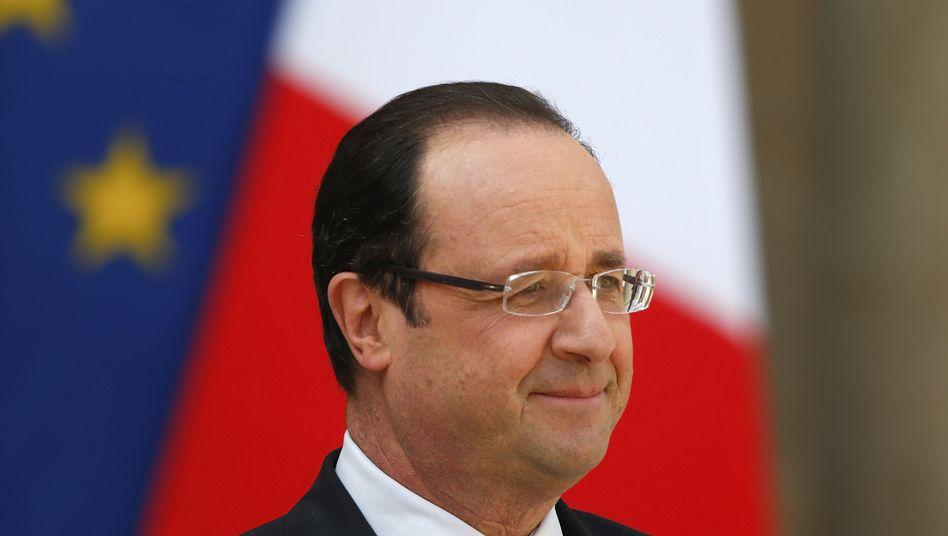 Frankreichs Präsident Francois Hollande: Lediglich die gestiegenen Staatsausgaben haben das BIP gestützt