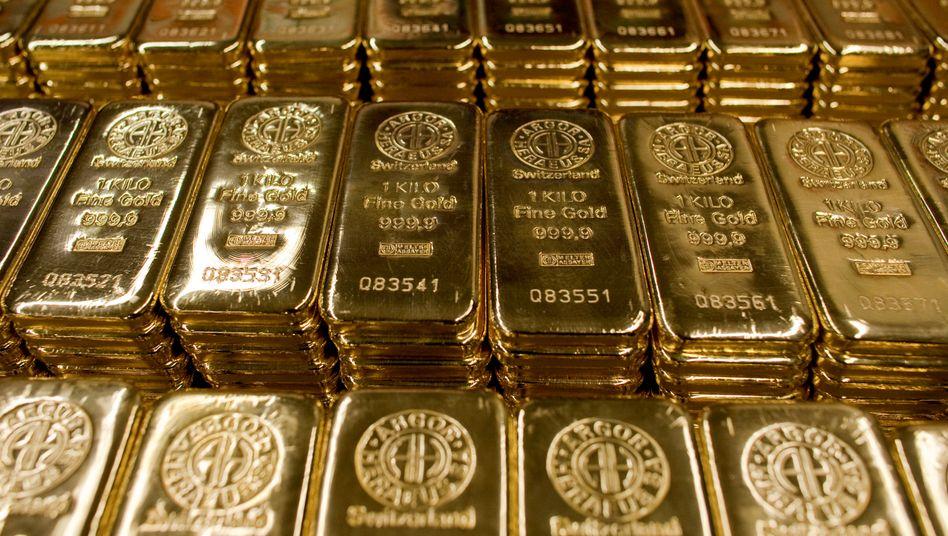 Begehrte Ware: Goldbarren stehen derzeit buchstäblich hoch im Kurs.