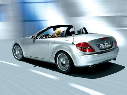 Audio im Auto: Auch in den Fahrzeugen von DaimlerChrysler sind Panasonic Audiomodelle zu finden