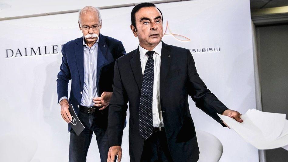 Charakterdarsteller: Daimler-Chef Dieter Zetsche und Ex-Renault-Nissan-Boss Carlos Ghosn inszenierten ihre Auftritte auf Messen.