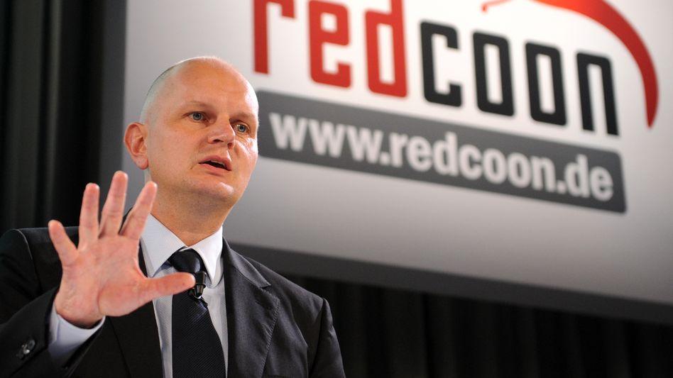 Im Juli 2011 noch voller Erwartungen: Metro-Finanzvorstand Olaf Koch in Aschaffenburg während einer Pressekonferenz zur Übernahme von Redcoon. Heute ist Koch Metro-Vorstandschef und die Onlinetochter offenbar nicht mehr wohl gelitten