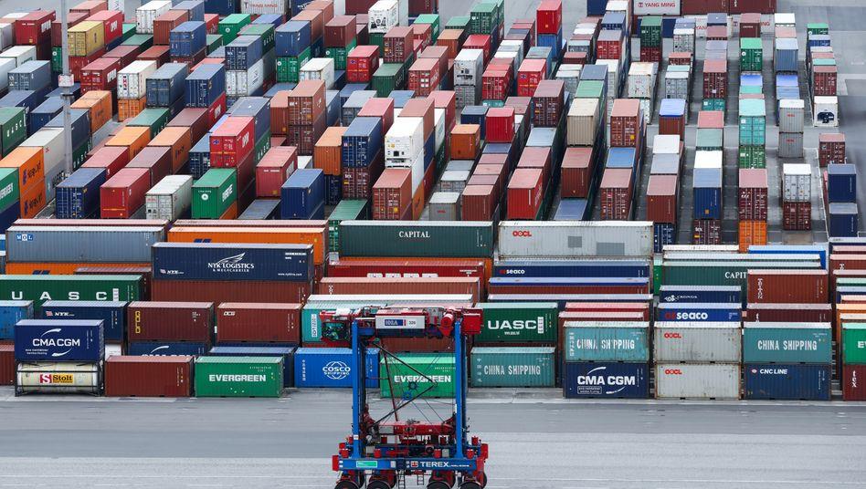 EZB-Umfrage: Wirtschaft schrumpft 2020 um 5,5 Prozent