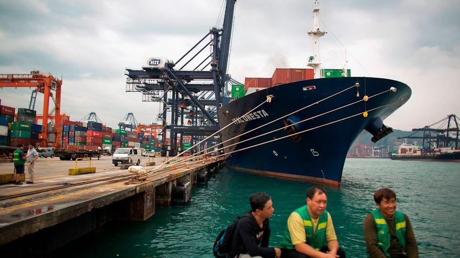Containerterminal Hongkong: China ist wichtiger Handelspartner für Europa, insbesondere deutsche Unternehmen. Ein Handelskrieg würde sie empfindlich treffen.