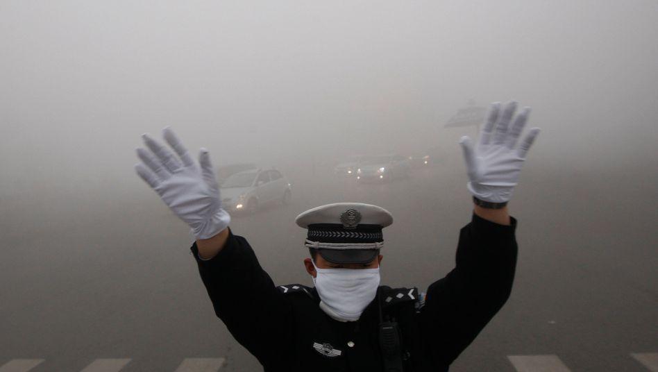 """""""Für Menschen nahezu unbewohnbar"""": Experten erwarten in vielen Großstädten Chinas weitere verheerende Smogphasen auf Jahre hinaus"""