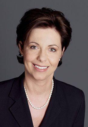 Salka Schwarz, Corporate-Behaviour-Spezialistin und Gründerin des Unternehmens StilKunde, berät Vorstände, Unternehmer und Manager