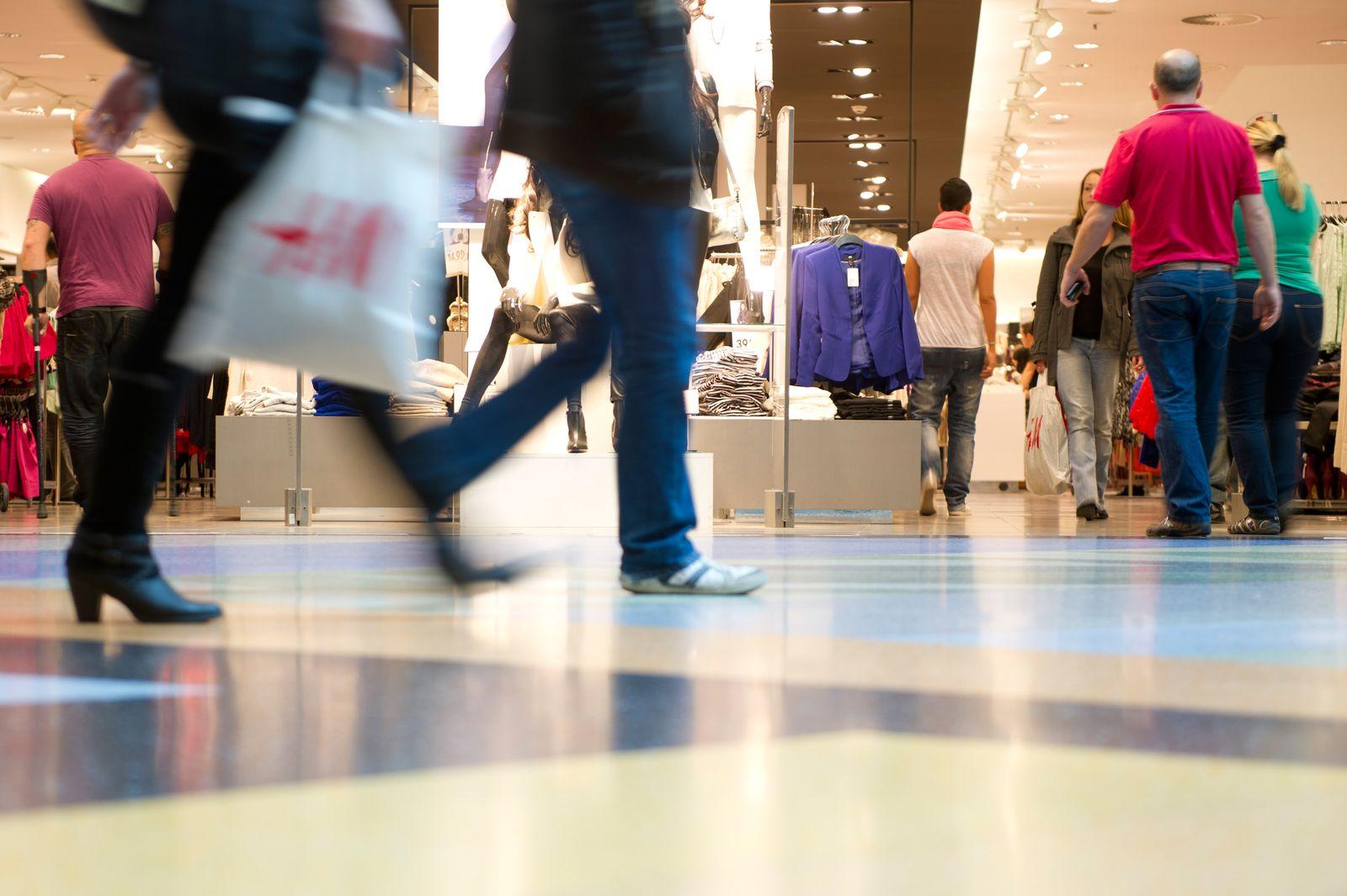 Einkaufszentrum / Kaufen / Einkaufen / Steuer