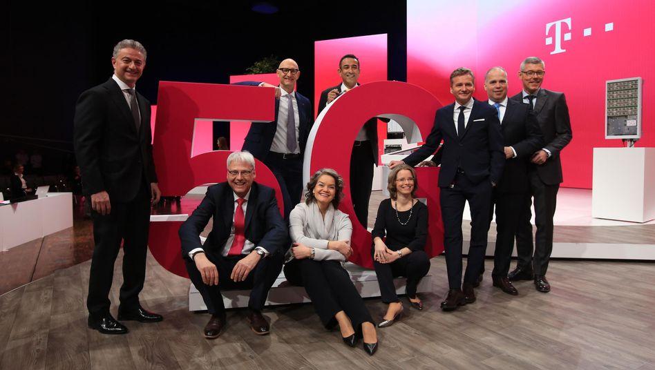 Der Dax-30-Konzern mit der besten Bewertung: Der Vorstand der Deutschen Telekom – dem auch nur zwei Frauen angehören.