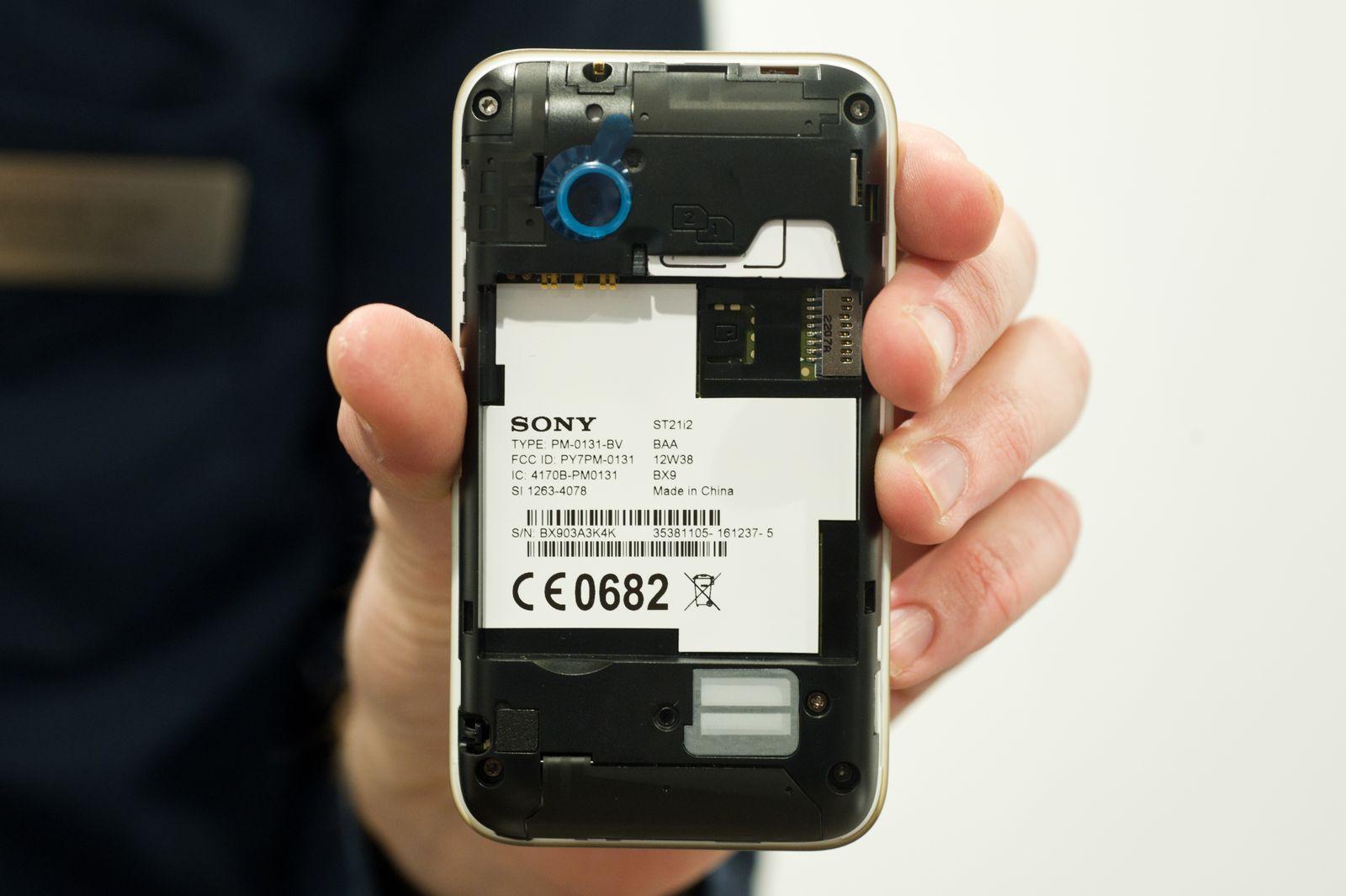 EINMALIGE VERWENDUNG Zwei Karten und ein Telefon - Dual-SIM-Handys für Tarifjongleure