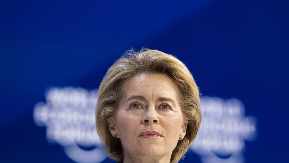 """EU-Chefin Ursula von der Leyen: """"Wenn wir jetzt nicht handeln, werden Läden Schwierigkeiten bekommen, ihre Lager mit bestimmten Produkten zu füllen"""""""