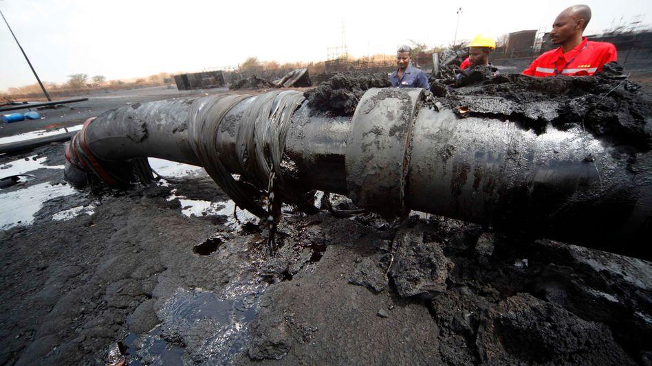 Beschädigte Pipeline im Sudan: Sobald es technisch möglich ist, soll wieder Öl von Süden nach Norden fließen