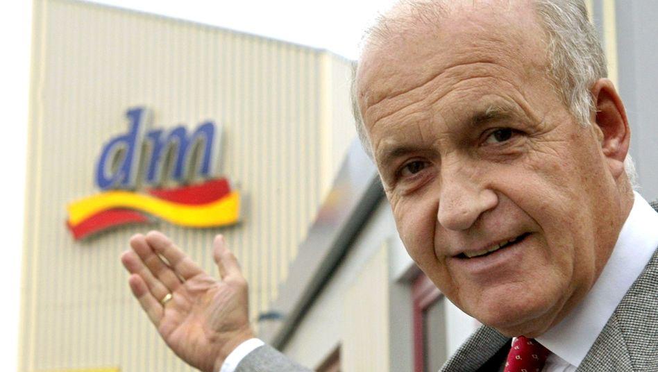Götz Werner, Gründer und geschäftsführender Gesellschafter der Drogeriemarktkette dm: Das Unternehmen stellte dem Ministerium Anzeigen im Wert von 340.000 Euro zur Verfügung
