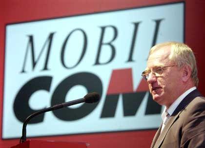 Offene Rechnungen: Der Ex-Mobilcom-Chef unterstützt die Kleinaktionäre bei der Klage gegen die Fusion