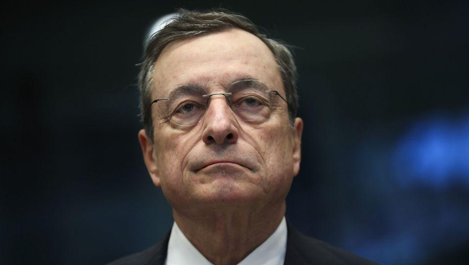 Herr des billigen Geldes: EZB-Chef Draghi dürfte kurz vor Ablauf seiner Amtszeit die Geldpolitik weiter lockern