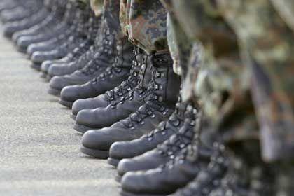 Besser ausgebildet: Höhere Qualifikation gleicht höheren Sold von Berufssoldaten aus