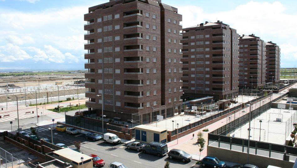 Bausiedlung in Madrid: Nach dem Platzen der Immobilienblase sind Tausende Wohnung an die Banken gefallen. Bad Banks sollen diese nun verwerten