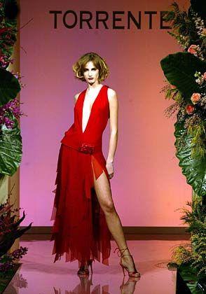 Reichlich Rot: Kleid von Torrente