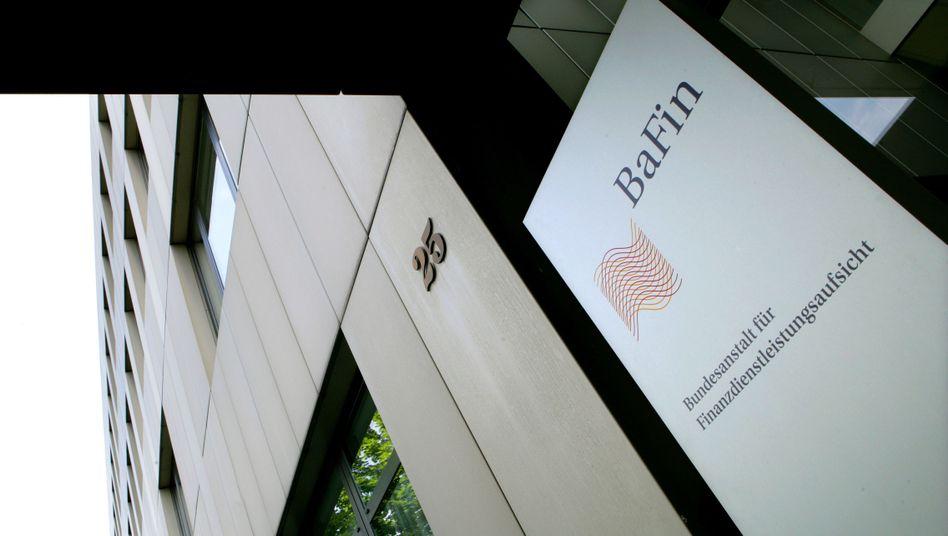 Im Zweifel kein Geld mehr für die Finanzaufsicht: Die Banken drohen der Bafin, ihr den Geldhahn abzudrehen