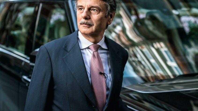 ANDERE ZEITEN Ralf Speth (62) hat Jaguar Land Rover erfolgreich aus der Krise geführt. Nun musste er 1000 Mitarbeiter entlassen.