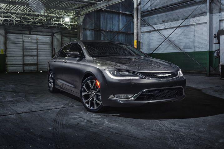 Chrysler 200: Gute Kritiken für Außen- und Innendesign