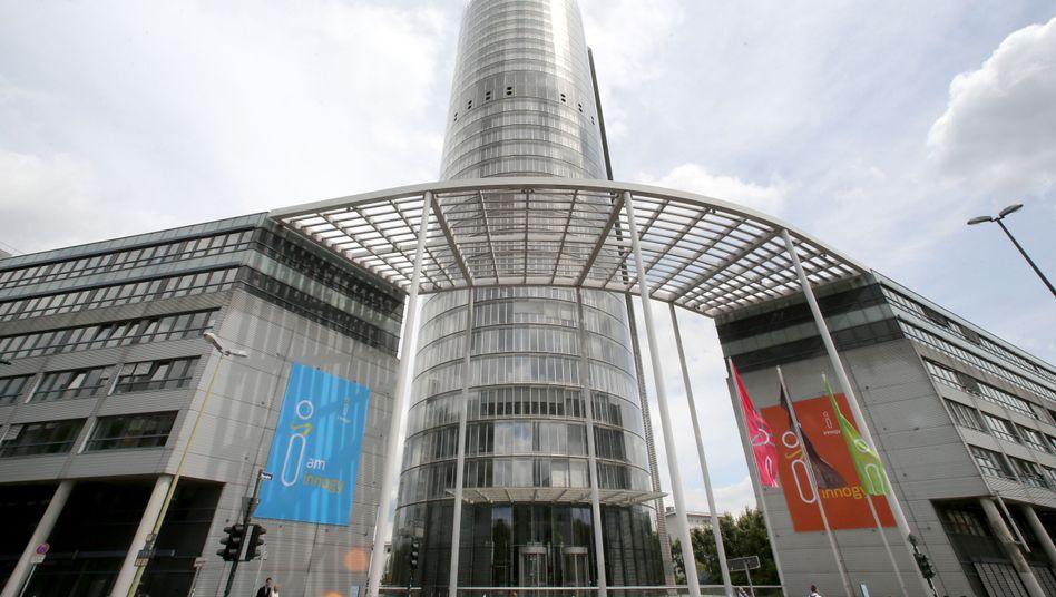RWE-Zentrale in Essen: Tochter Innogy wird zerschlagen. Der Bereich Erneuerbare Energien geht an RWE, Vertrieb und Netz an den Noch-Konkurrenten Eon
