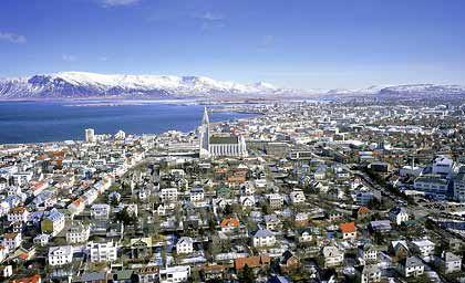 Wahrzeichen: Der 73 Meter hohe Turm der Hallgrímskirkja in Reykjavík