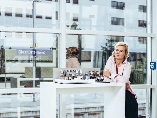 Gleiswechsel:Nomos-MarkenchefinJudith Borowski, gelernte Politologin und Journalistin, schüttelt die Manufaktur ständig mit neuen Ideen durch