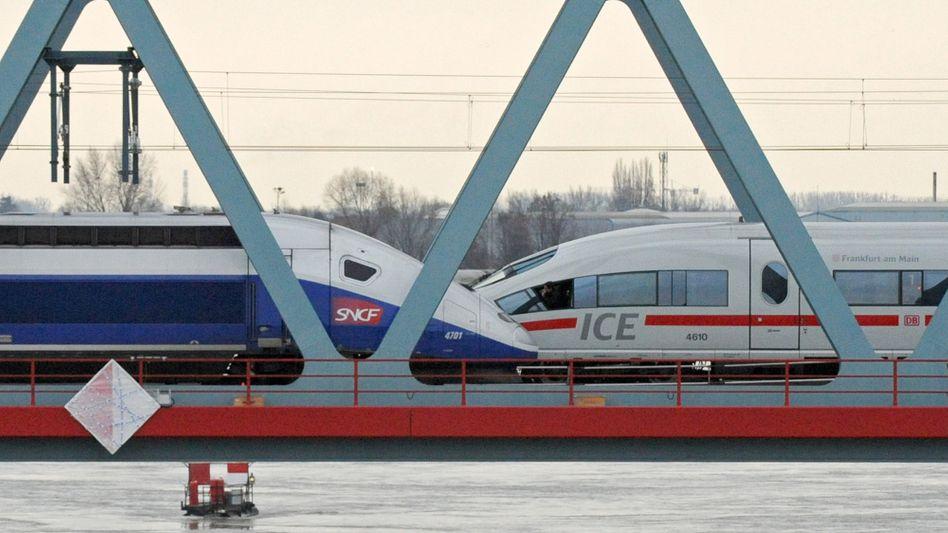 Fahren sie weiter getrennt? Trotz neuer Zugeständnisse, für eine Fusion der Bahnsparten von Siemens und Alstom sieht es nicht gut aus