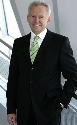 Für das Autogeschäft und Finanzdienstleistungen: Daimler-Vorstand Grube vertritt die Interessen in der Chrysler-Holding