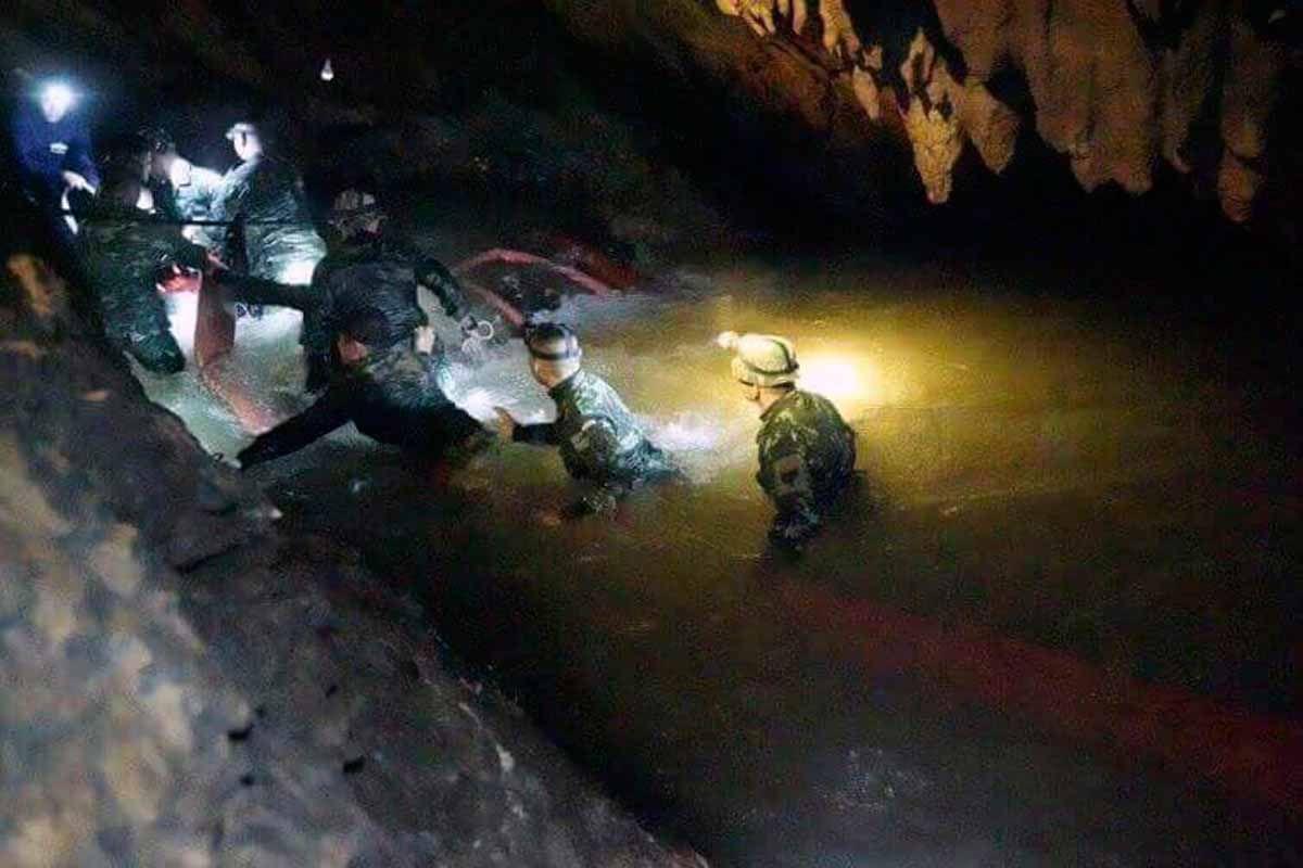 Thailand/ Höhle