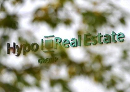 Hypo Real Estate: Verstaatlichung möglich. Das Institut benötigt zum Überleben weitere Milliarden, heißt es in einem Pressebericht.