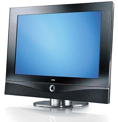 Bei diesem LCD-Fernseher mit integriertem Festplattenrecorder sorgt das Soundsystem Concertos für chip-gesteuerte Akustik. Aufrüstsätze für Dolby Digital, Internet oder für den Empfang von Free- und Pay-TV-Kanälen bietet Loewe wie für die meisten anderen Modelle des Konzerns auch als Zubehör: Loewe Spheros 37 HD