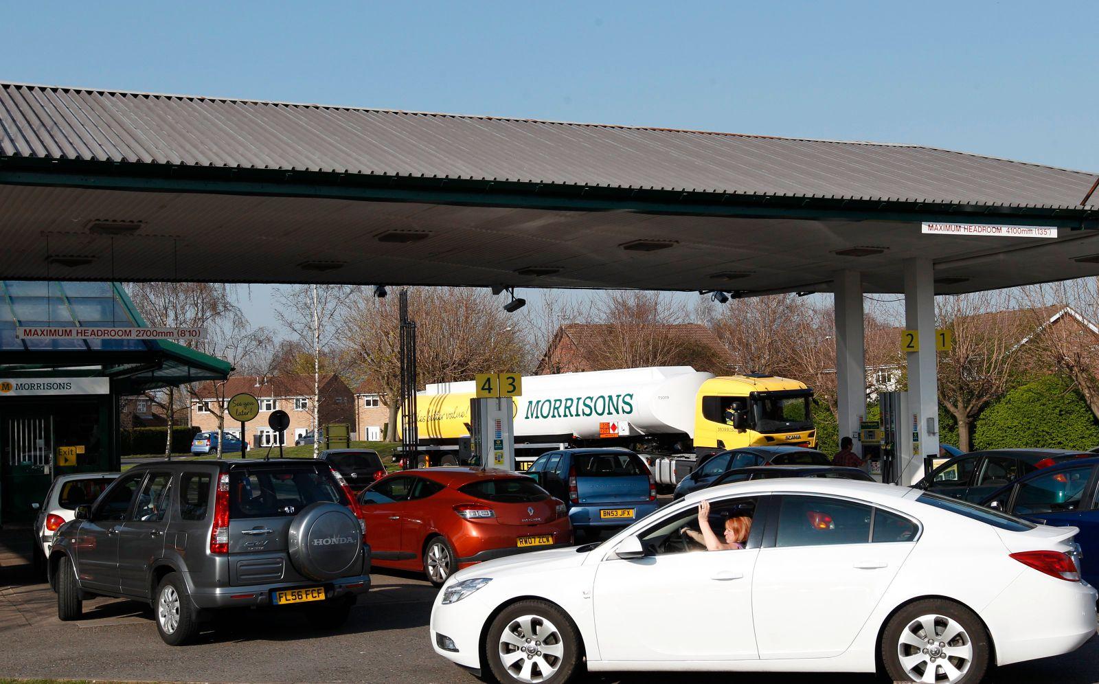 Großbritannien Benzin
