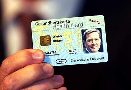 Lizenz zum Gelddrucken: Neben Banknoten werden bei Giesecke & Devrient auch Chipkarten hergestellt