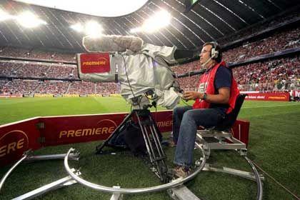 Fußball bei Premiere: Auch ab 2009 soll die Bundesliga exklusiv bei Premiere gezeigt werden