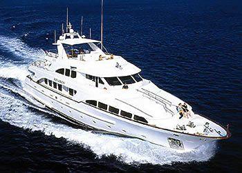 Der Stolz der Haffa-Flotte: die Benetti-Yacht Felidan