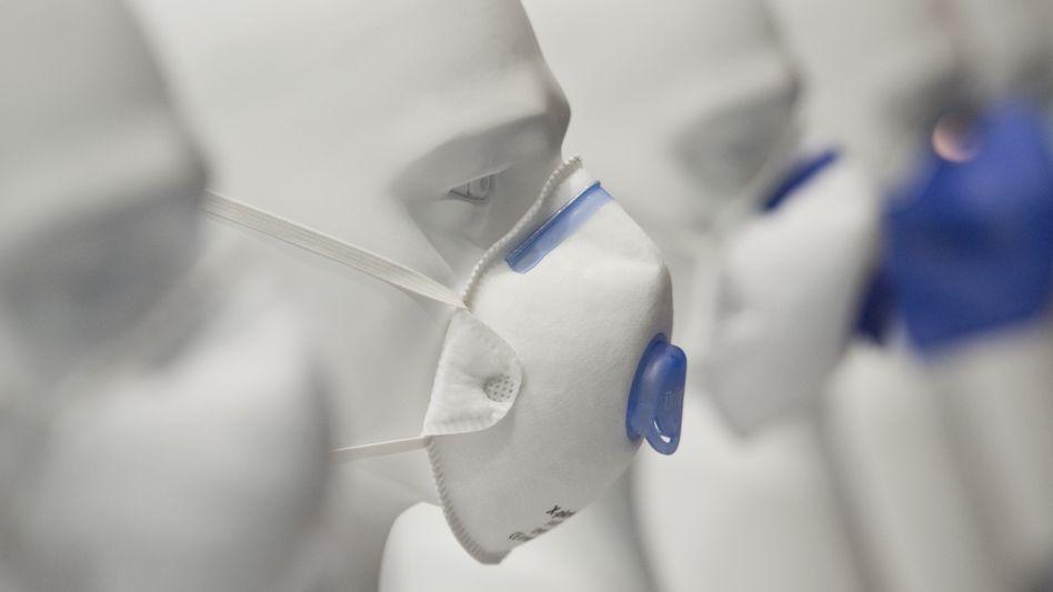 Atemschutzmaske von Drägerwerk: Solchen Mundschutz wollen Autokonzerne nun in großer Zahl spenden