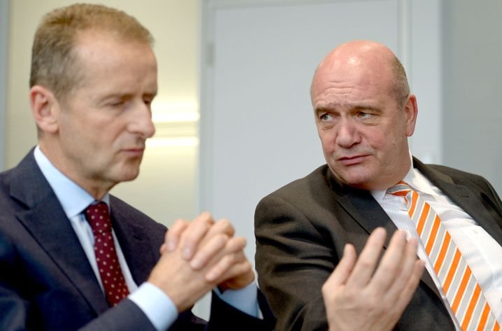 VW-Markenchef Diess (li), VW-Betriebsratschef Osterloh (re): Starke atmosphärische Spannungen
