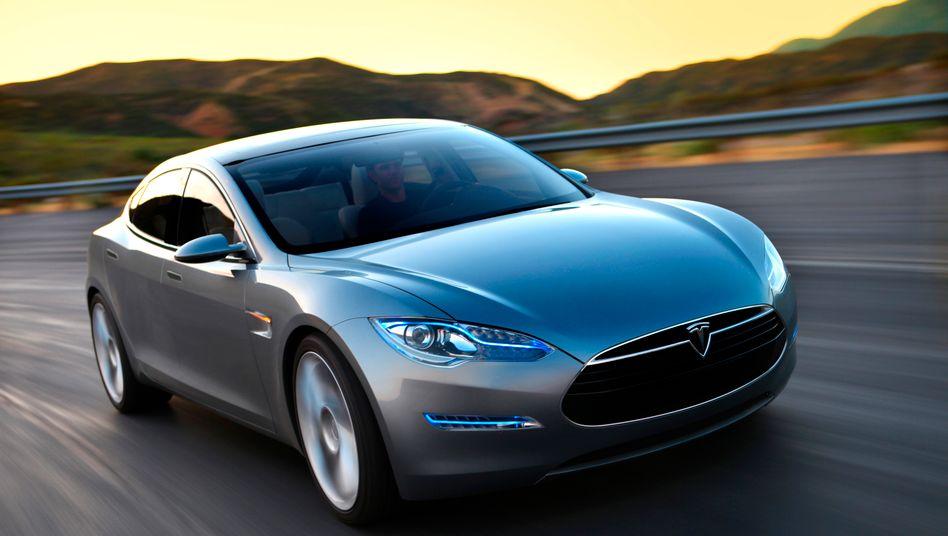 """Luxus für eine Fahrt: Mit """"Uber-Lux"""" können sich Kunden jetzt auch im Tesla Model S vorfahren lassen"""