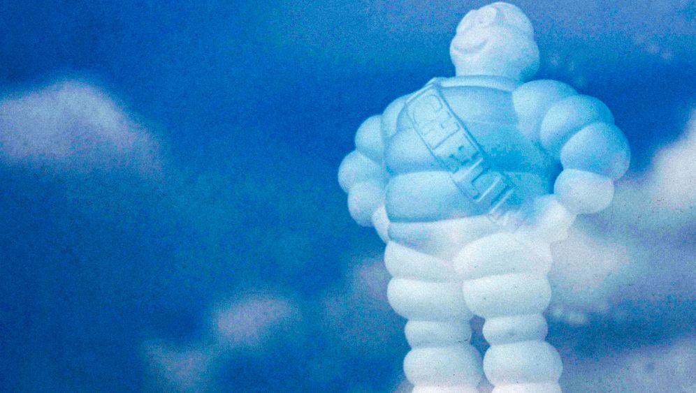 Bib, das Maskottchen von Michelin, am Firmensitz in Clermont Ferrand.
