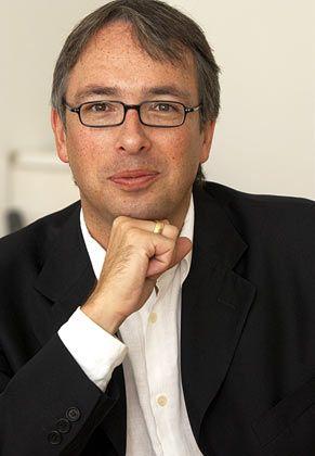 Andreas Neef ist geschäftsführender Gesellschafter des Think Tanks Z_punkt. Der Zukunftsforscher und Innovationsberater verantwortet seit Anfang der 90er Jahre Innovations-Projekte für namhafte Großunternehmen.