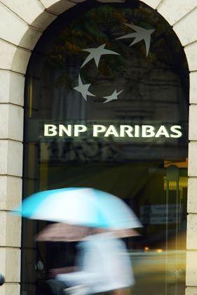In Deckung: Nicht nur BNP hatte die Rücknahme von Fonds vorerst eingestellt
