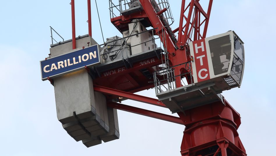 Ein Baukran vom Baukonzern Carillion in London
