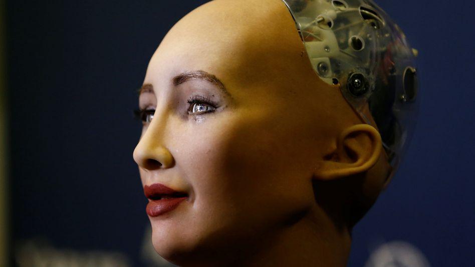 Mensch und Roboter: In fast allen Branchen sorgt die Digitalisierung für neue Spielregeln