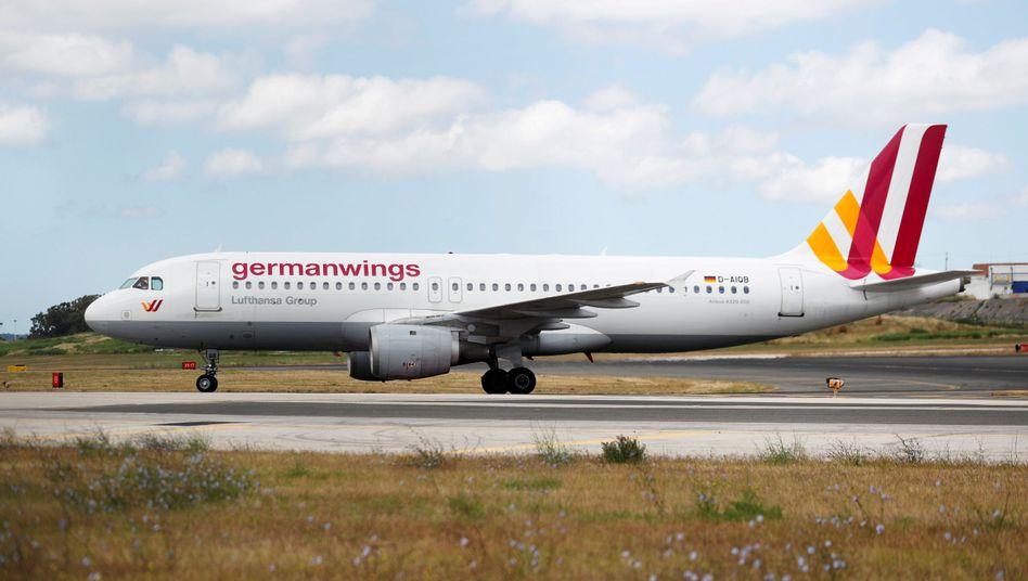 Dritter Streiktag bei Germanwings: Der Ausstand der Flugbegleiter könnte sich sogar noch über den 1. Januar hinaus verlängern
